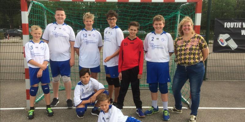 Afsluiting Team Van De Maand April