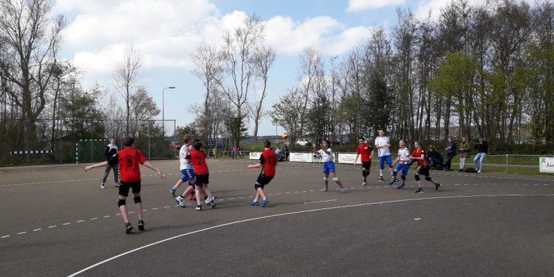 Eerste Buitenwedstrijd Voor De Jongens C, Ons Team Van De Maand!